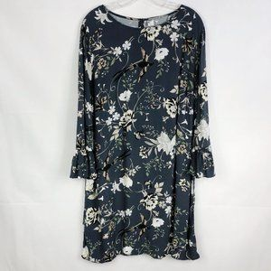 ! Old Navy Gray Floral Bird Bell Sleeve Dress